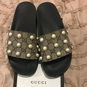 Authentic Gucci pearl slides sandals